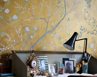 Golden Chinoiserie Wall