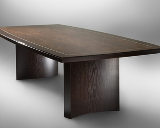 Huntress Dining Table