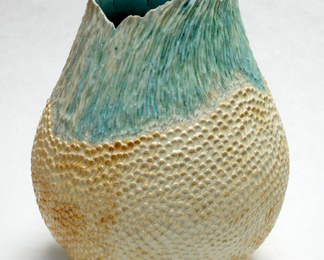 Feathered Egg Vessel