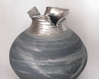URBAN LEGEND LOTUS COLLECTION VASE