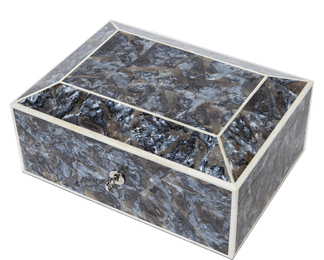Jewellery box in grey agate shell and bone
