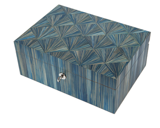 Jewellery box in Straw marquetry
