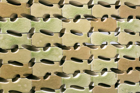Oval_holes_bricks_2craven_38_main